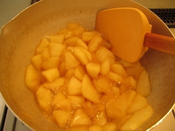 アップルパイの作り方①アップルフィリング