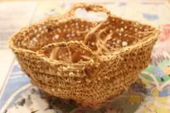 シナノキの繊維で作るマルシェバッグ