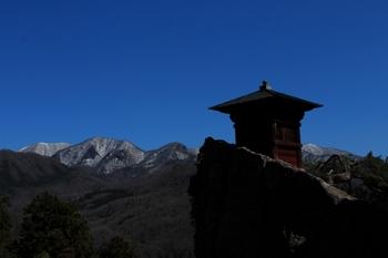 天空のお堂・山寺
