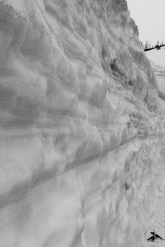 雪の回廊 八幡平アスピーテライン