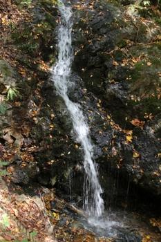 黒森山のガロの滝