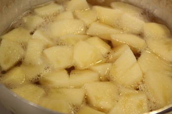 リンゴのフィリング作り