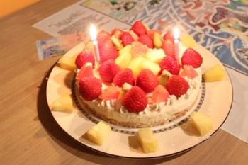 デコレーションヨーグルトケーキ